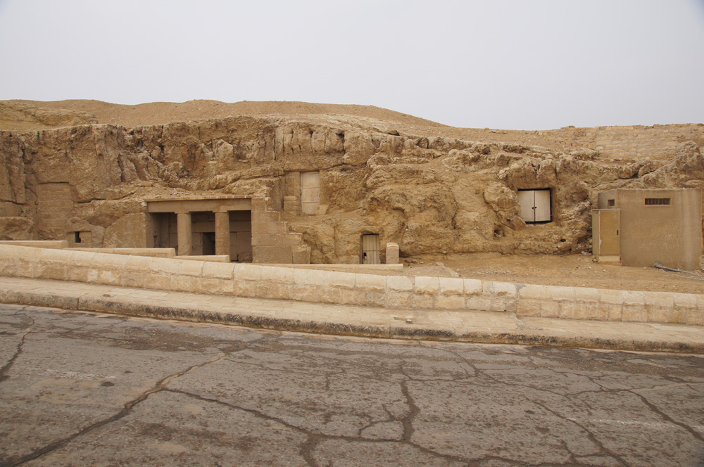 Sphinx Complex: Site: Giza; View: G 9090, G 9080