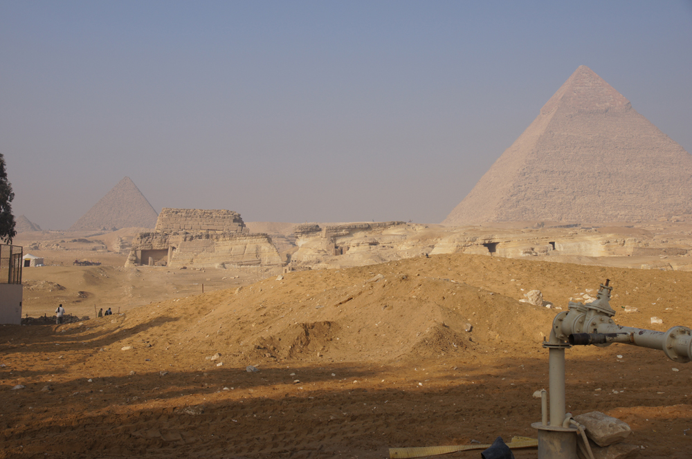 Central Field (Hassan): Site: Giza; View: G 8400, G 8420, G 8658, G 8720, Menkaure Pyramid, Khafre Pyramid