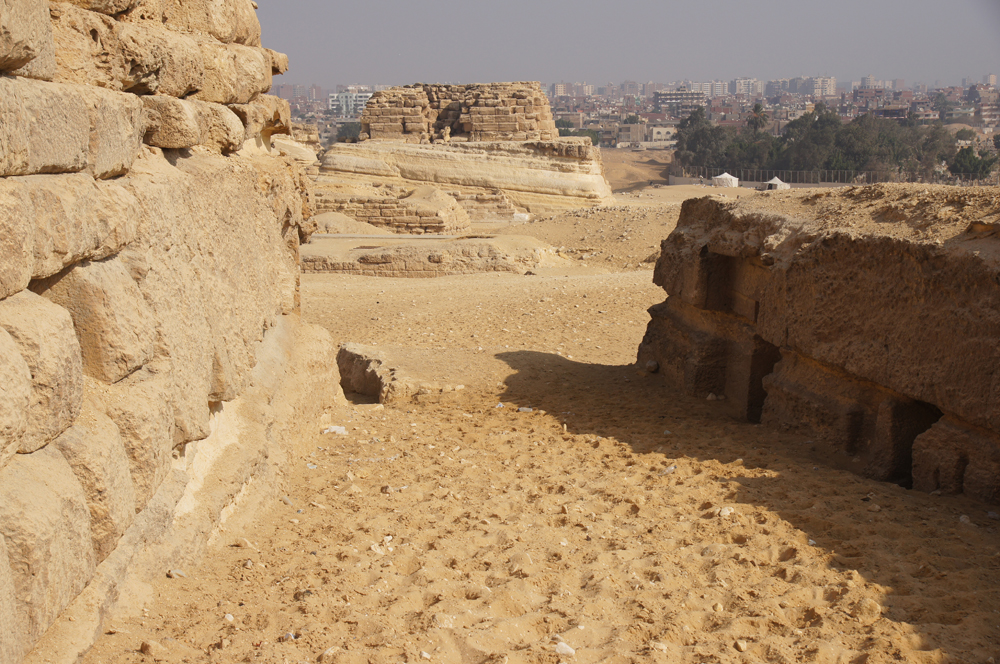 Central Field (Hassan): Site: Giza; View: G 8034, G 8036, G 8038, G 8040, G 8042, G 8400