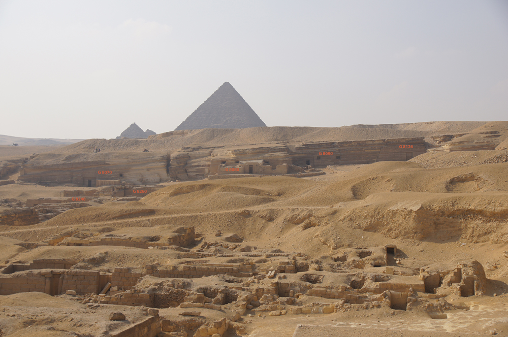 Central Field (Hassan): Site: Giza; View: G 8424, G 8240, G 8260, G 8070, G 8080, G 8090, G 8126