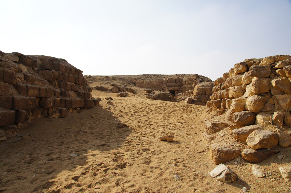 Western Cemetery: Site: Giza; View: G 4250, G 4160, G 4260, G 4000