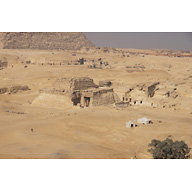 Central Field (Hassan): Site: Giza; View: G 8310, G 8400, G 8404, G 8418, G 8420, G 8602, G 8606, G 8658, G 8620