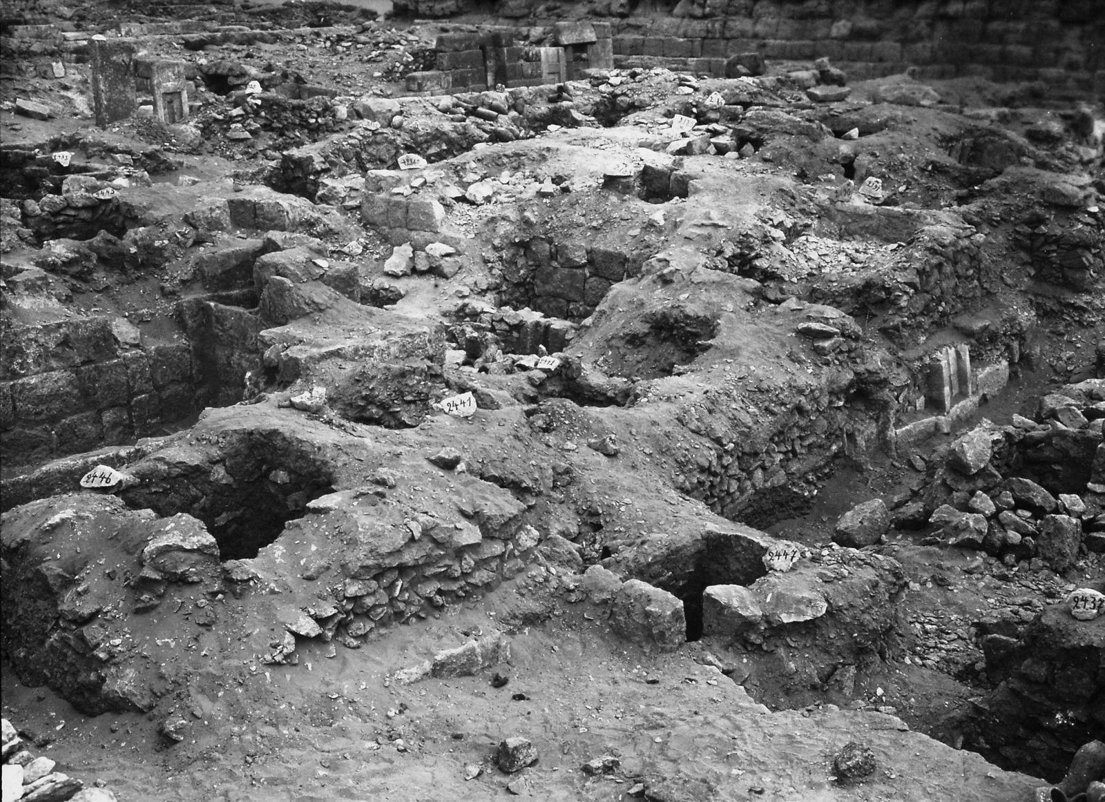 Western Cemetery: Site: Giza; View: S 2435/2443, S 2437, S 2447, S 2441/2446, Sensen, S 2181/2260