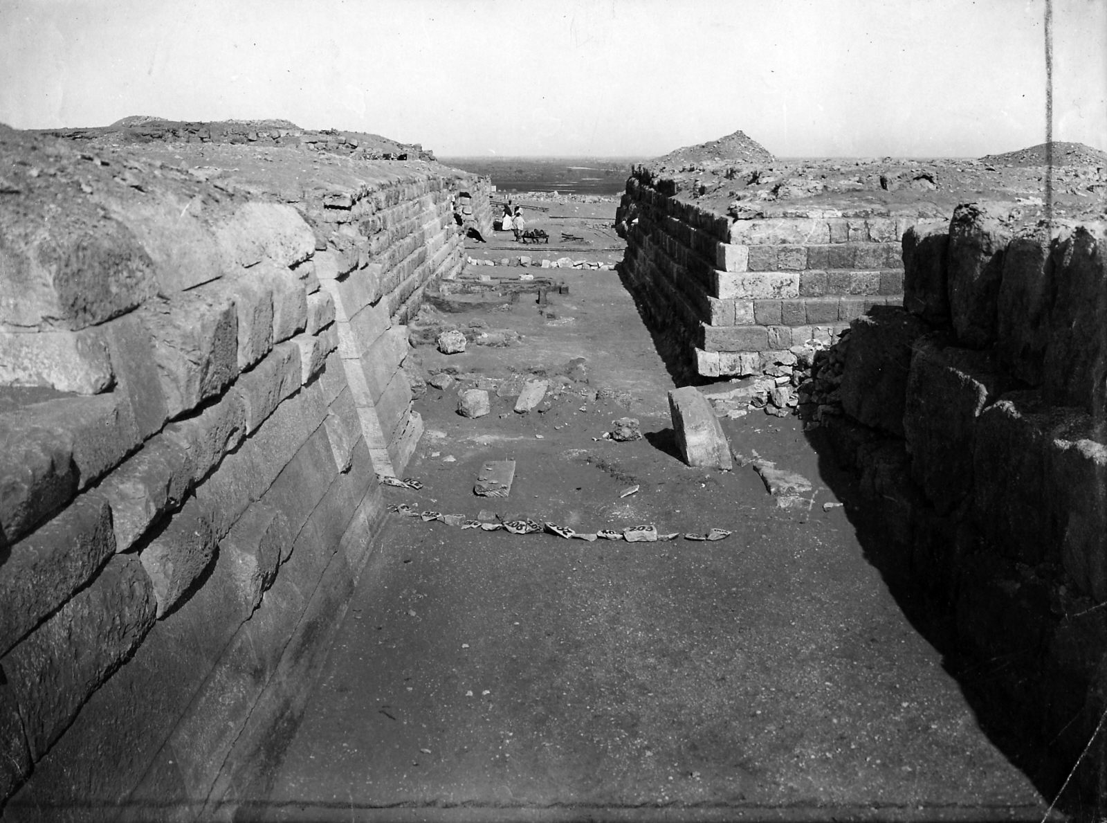 Western Cemetery: Site: Giza; View: G 4240, G 4340, G 4250, G 4350