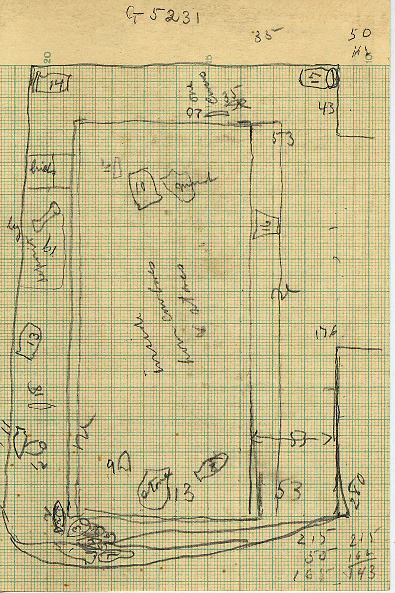 Maps and plans: G 5232, Shaft A, plan of objects in chamber