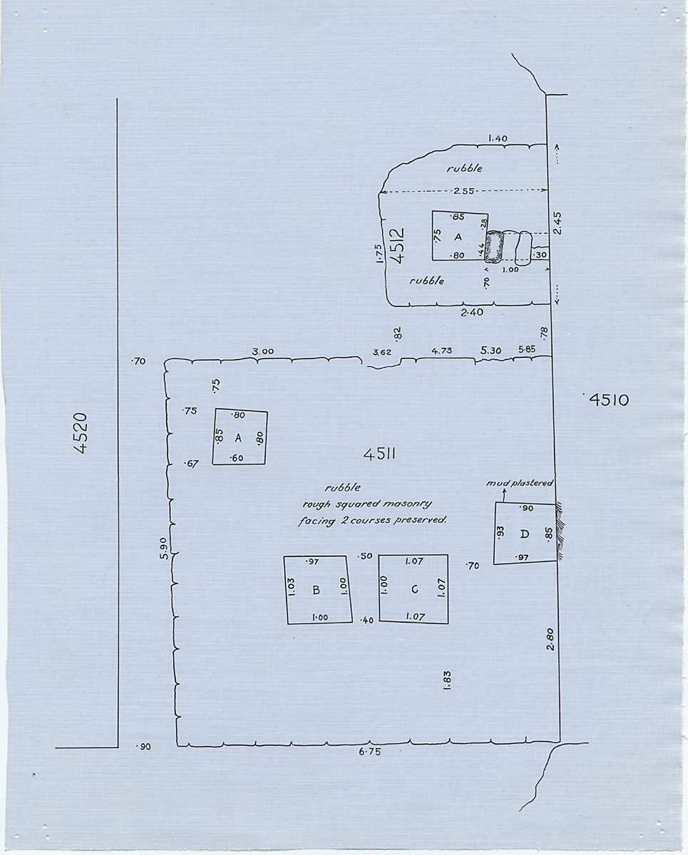Maps and plans: Plan of G 4511 and G 4518, with position of G 4510 and G 4520