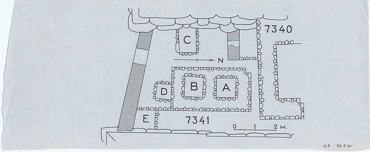 Maps and plans: Plan of G 7341, with position of G 7330-7340: G 7340 chapel