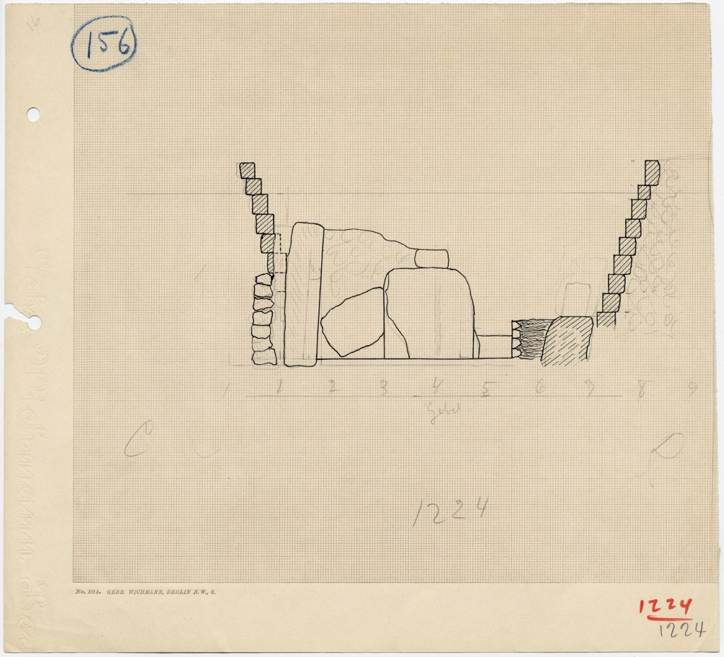 Maps and plans: Section of stones between G 1223 and G 1225