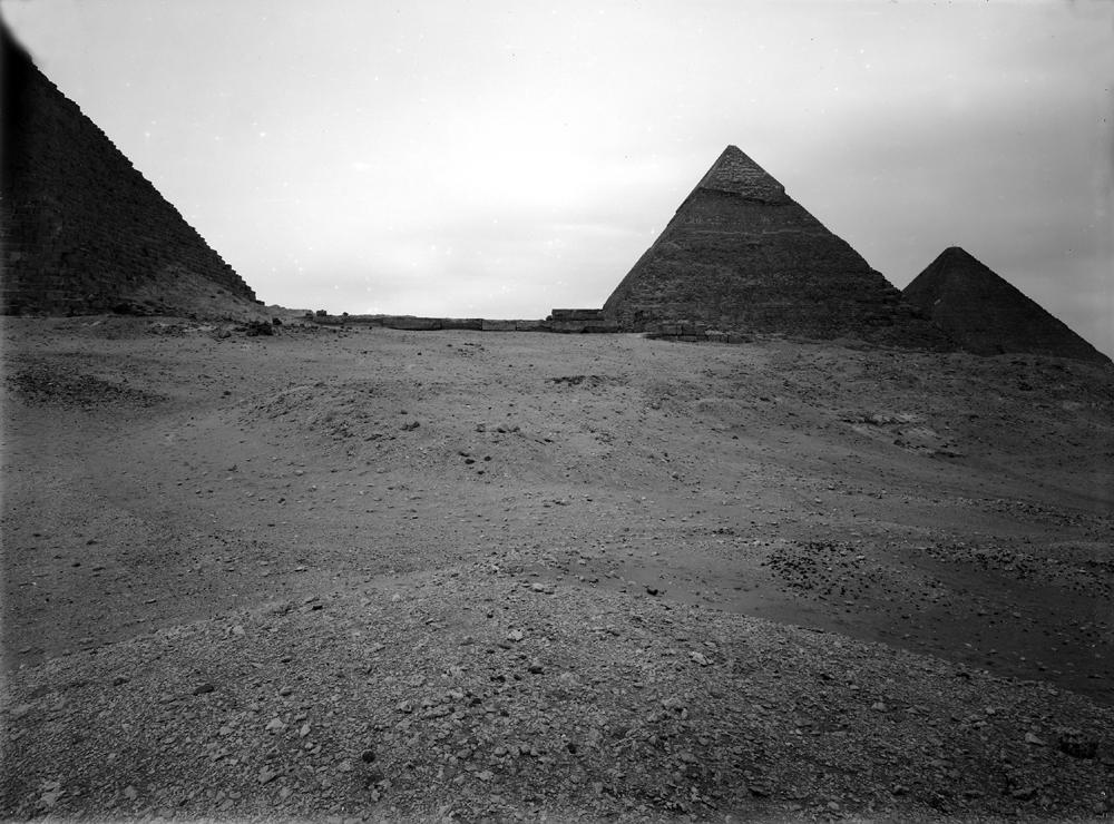Menkaure Pyramid Complex: Site: Giza; View: Khafre Pyramid, Khufu Pyramid, Menkaure Pyramid, Menkaure pyramid temple