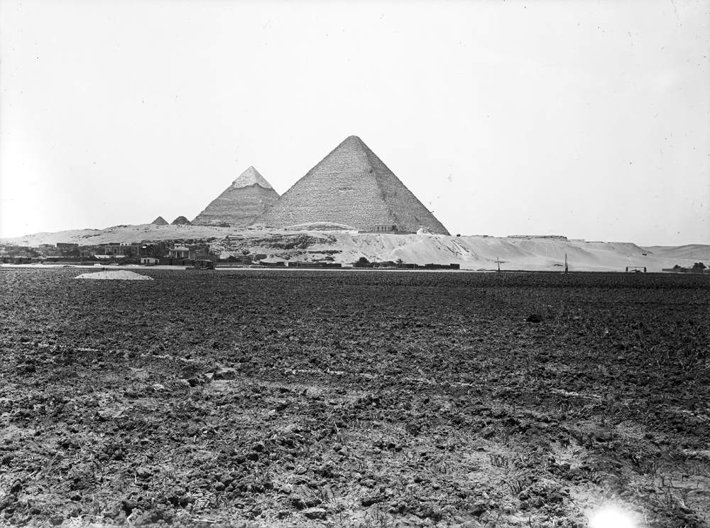 General view: Site: Giza; View: Giza, Khufu pyramid, Khafre pyramid