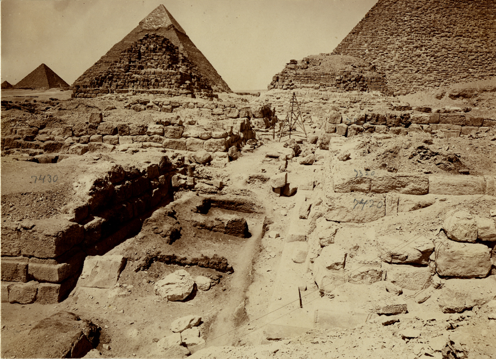 Eastern Cemetery: Site: Giza; View: avenue G 2, G 7430-7440, G 7330-7340, G 7230-7240, G 7410-7420, G 7310-7320, G 7210-7220, G 7432, G 7431