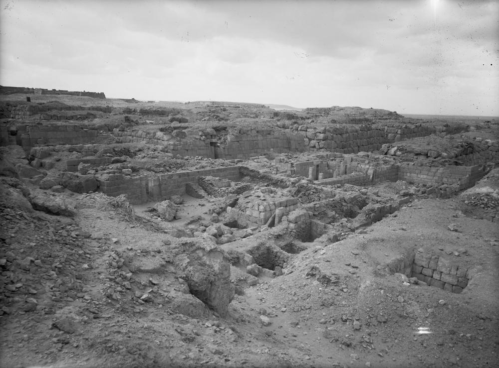 Western Cemetery: Site: Giza; View: G 4710, G 4712, G 4714, G 4715, G 4817, G 4818, G 4816, G 4810, G 4811+4812, G 4813, G 4910
