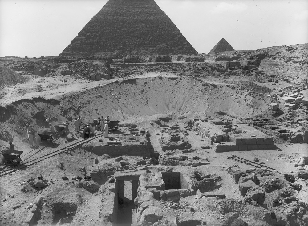 Western Cemetery: Site: Giza; View: G 2230+2231, G 2232, G 2233, G 2234, G 2235, G 2236, G 2071, G 2061, G 2072, G 2074
