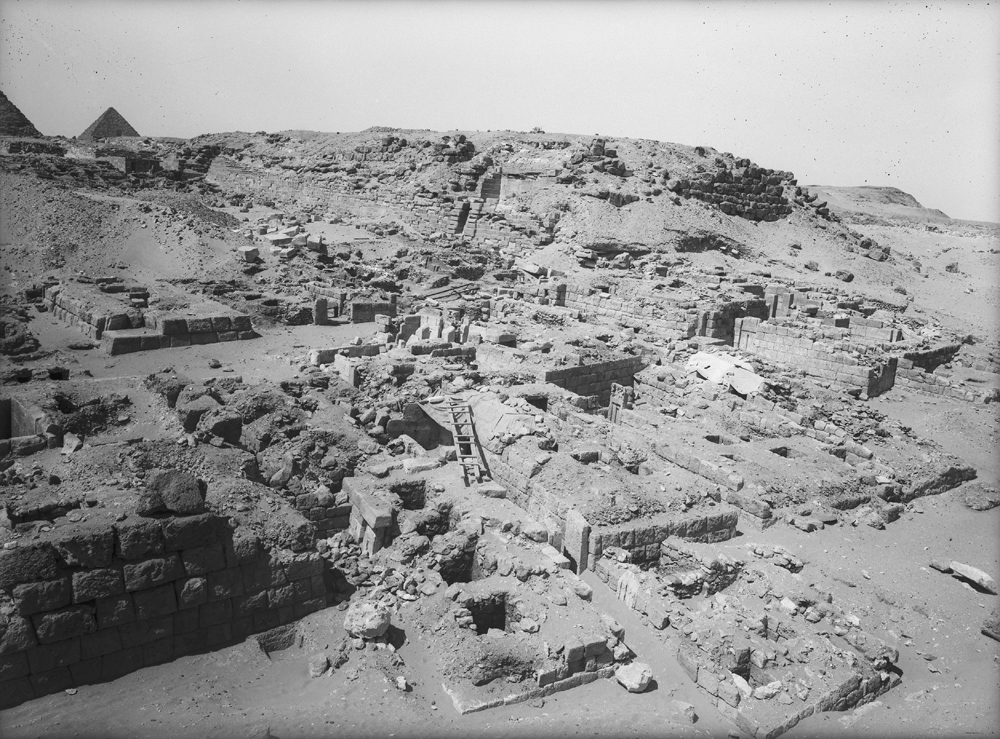 Western Cemetery: Site: Giza; View: G 2230+2231, G 2085, G 2084, G 2086, G 2087, G 2099, G 2088, G 2098, G 2097, G 2091, G 2071, G 2072
