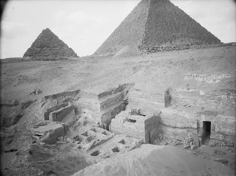 Menkaure Quarry Cemetery: Site: Giza; View: MQ 105, MQ 121, MQ 120, MQ 124, MQ 134, MQ 135, MQ 106
