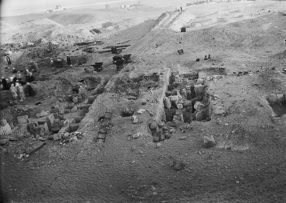 Western Cemetery: Site: Giza; View: G 2330 = G 5380, G 2320 = G 5280, G 2340 = G 5480, G 2331, G 2332, G 2334