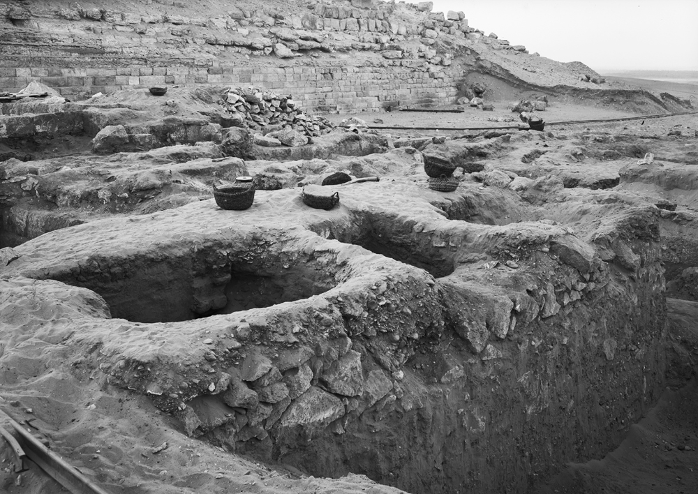 Western Cemetery: Site: Giza; View: G 2025