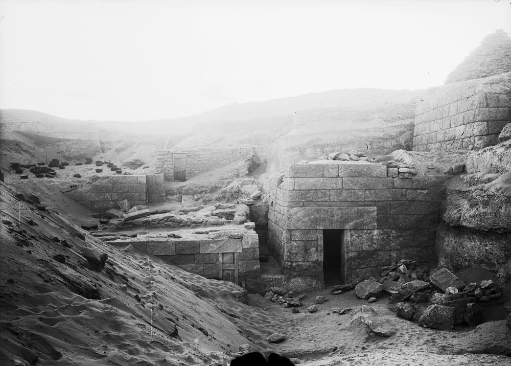 Menkaure Quarry Cemetery: Site: Giza; View: MQ 120, MQ 134, MQ 106