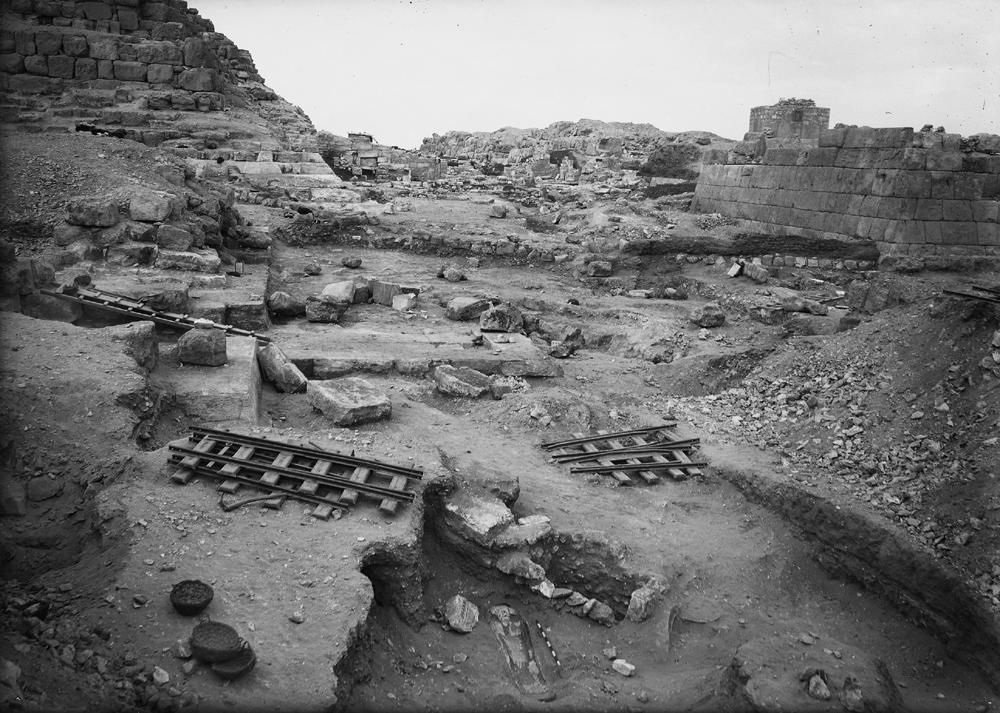 Eastern Cemetery: Site: Giza; View: street G 7000, G 7050, G 7150, G 7152, G 7000 SW 27, G 7000 SW 28