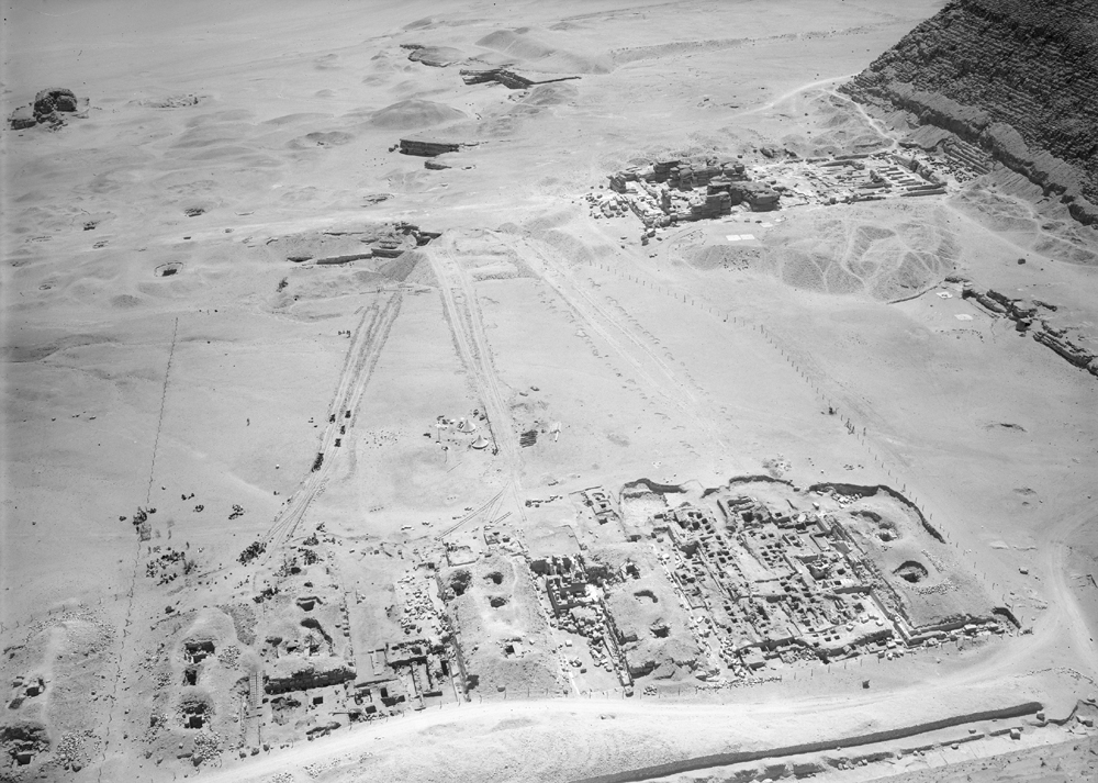 G I-South Cemetery: Site: Giza: View: Mastaba I, Mastaba III, Mastaba IV, Lepsius 52, Mastaba VI, Itjef, Khnumnefer, Nunetjer, Niankhhathor [II], Isu & Meshedu, Iymery [I]