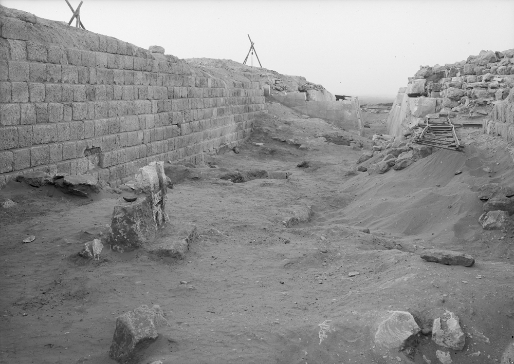 Western Cemetery: Site: Giza; View: G 2100, G 2110