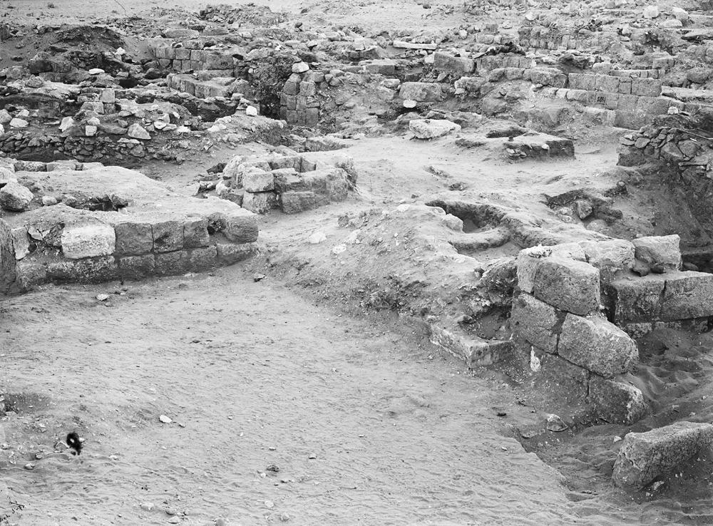 Western Cemetery: Site: Giza; View: G 2027, G 2018a, G 2018b