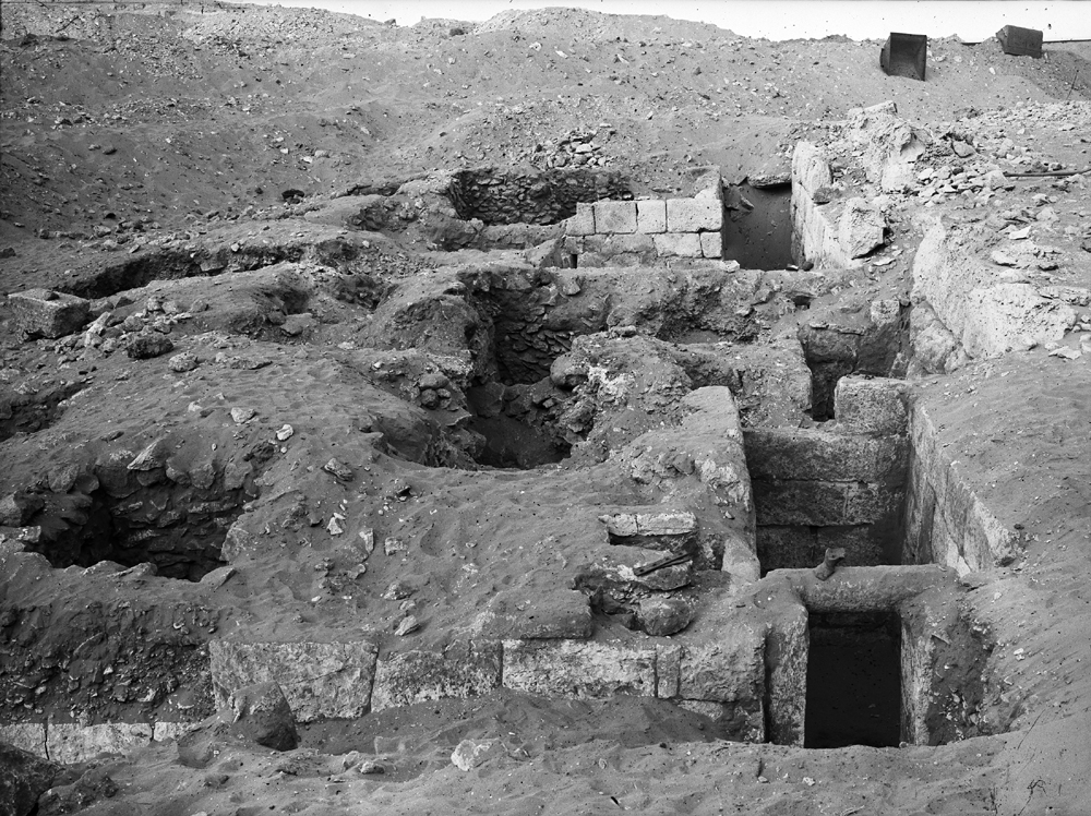 Western Cemetery: Site: Giza; View: G 4122