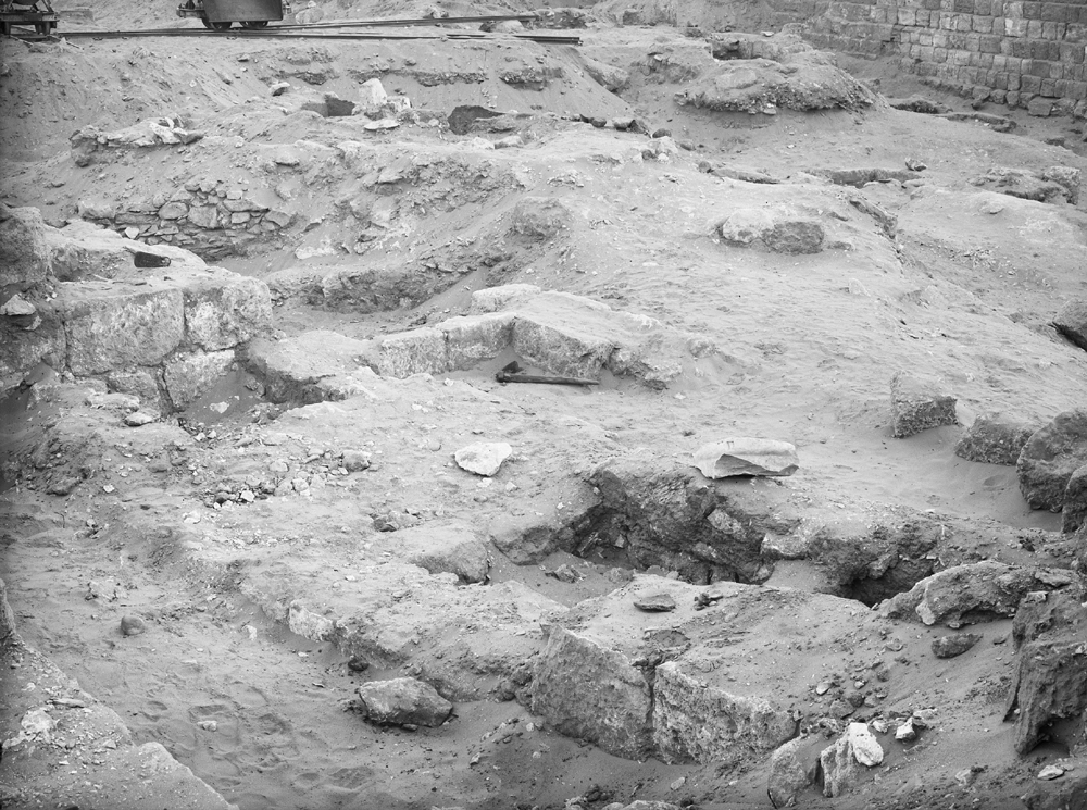 Western Cemetery: Site: Giza; View: G 2015, G 2013