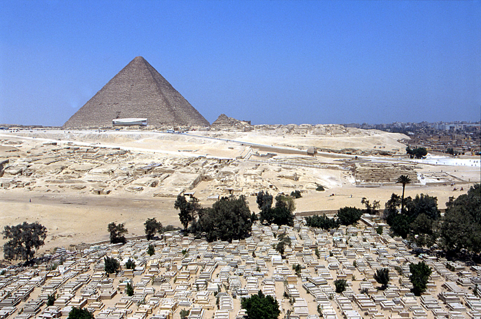 Central Field (Hassan): Site: Giza; View: Central Field, Khufu Pyramid, Sphinx