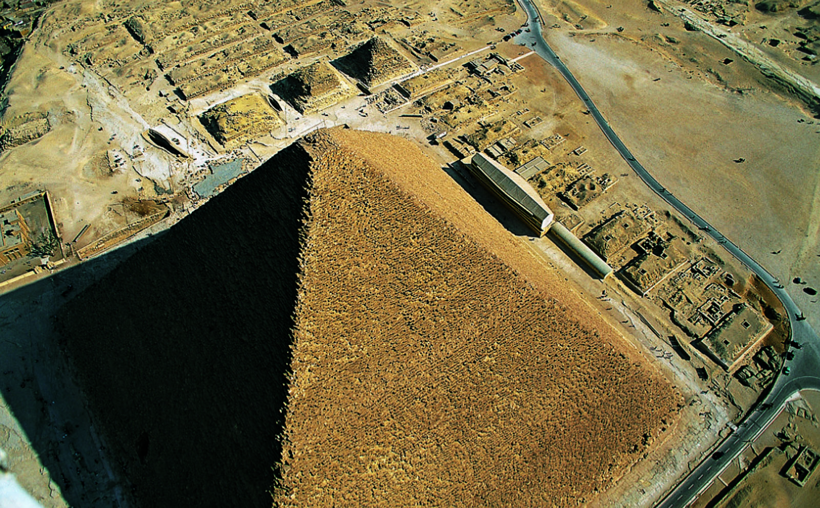 General view: Site: Giza; View: Khufu pyramid, Khufu Boat Museum