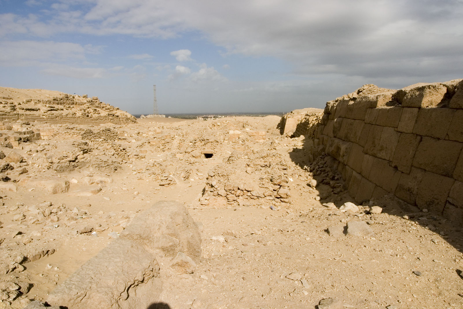 Western Cemetery: Site: Giza; View: G 2021, G 2022, G 2023, G 2041, G 2100-I