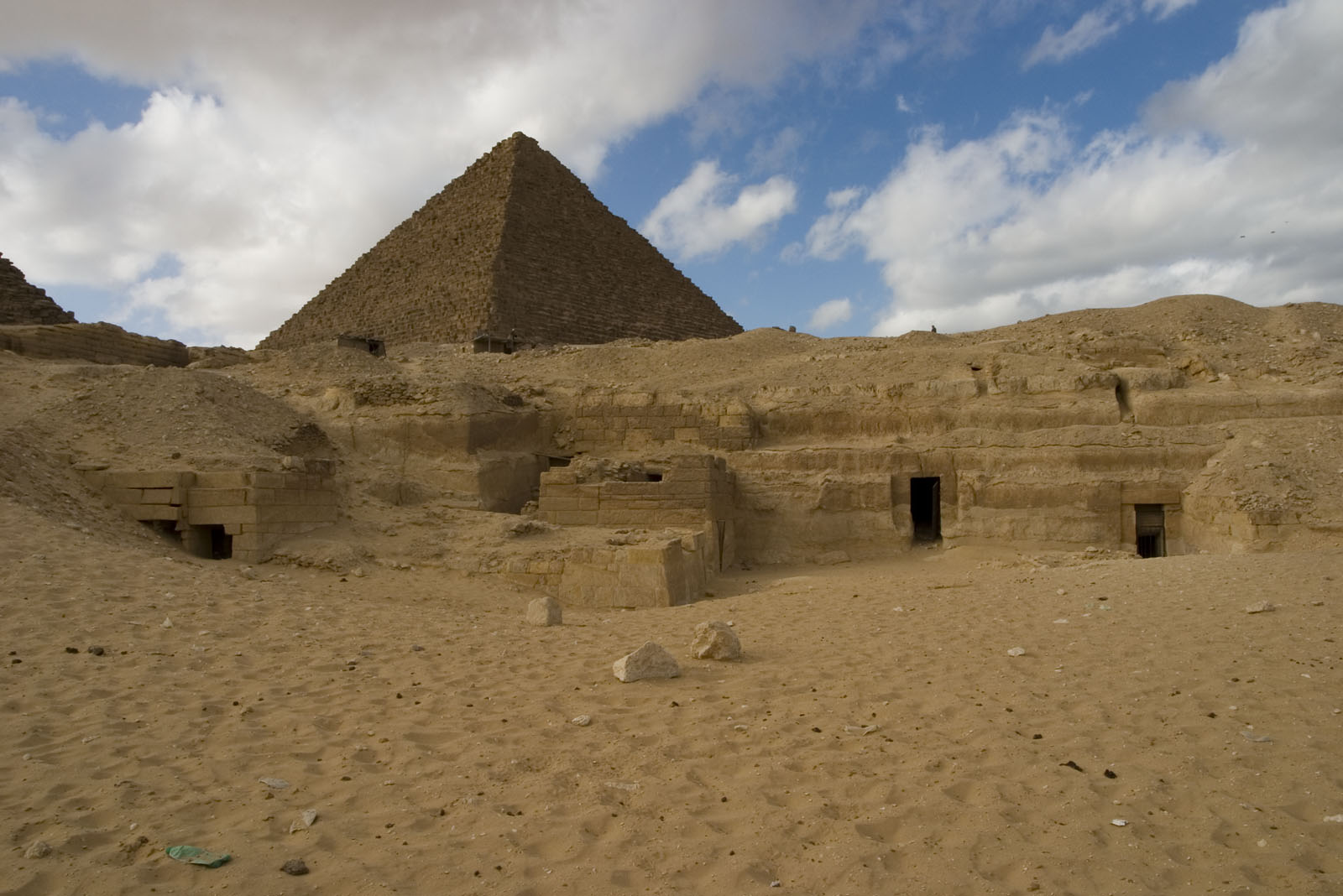 Menkaure quarry cemetery: Site: Giza; View: MQ 134, MQ 120, MQ 124, MQ 121, MQ 130