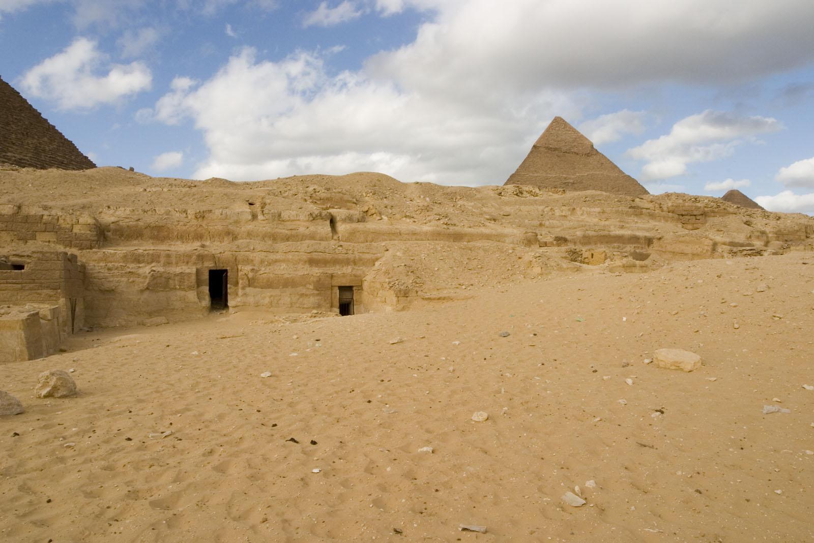 Menkaure quarry cemetery: Site: Giza; View: MQ 134, MQ 120, MQ 121, MQ 130