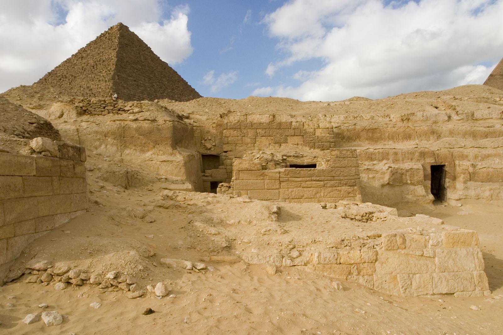 Menkaure quarry cemetery: Site: Giza; View: MQ 134, MQ 135, MQ 120, MQ 124, MQ 121