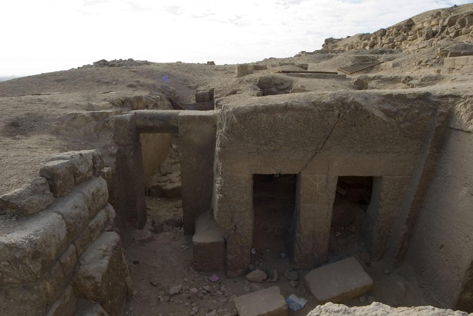 Eastern Cemetery: Site: Giza; View: G 7710, Sensnefru