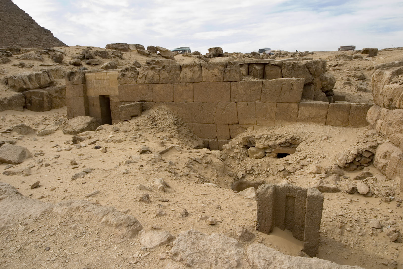 Western Cemetery: Site: Giza; View: G 4712, G 4712a, G 4611