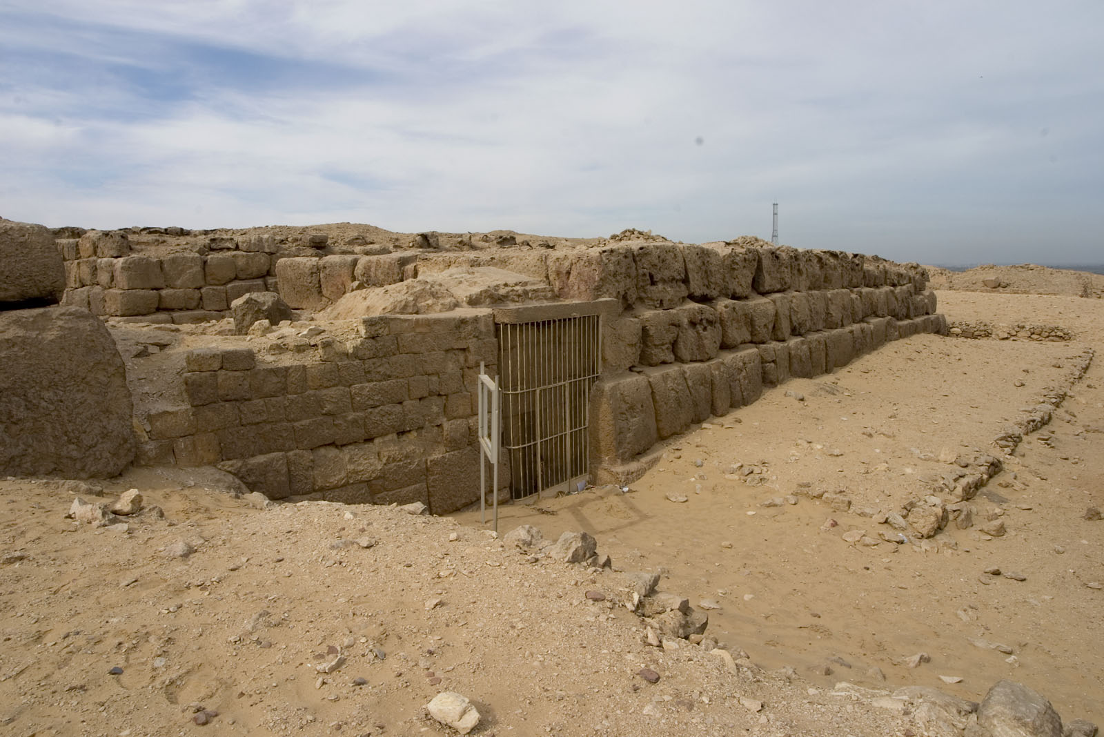 Western Cemetery: Site: Giza; View: G 4660, G 4651