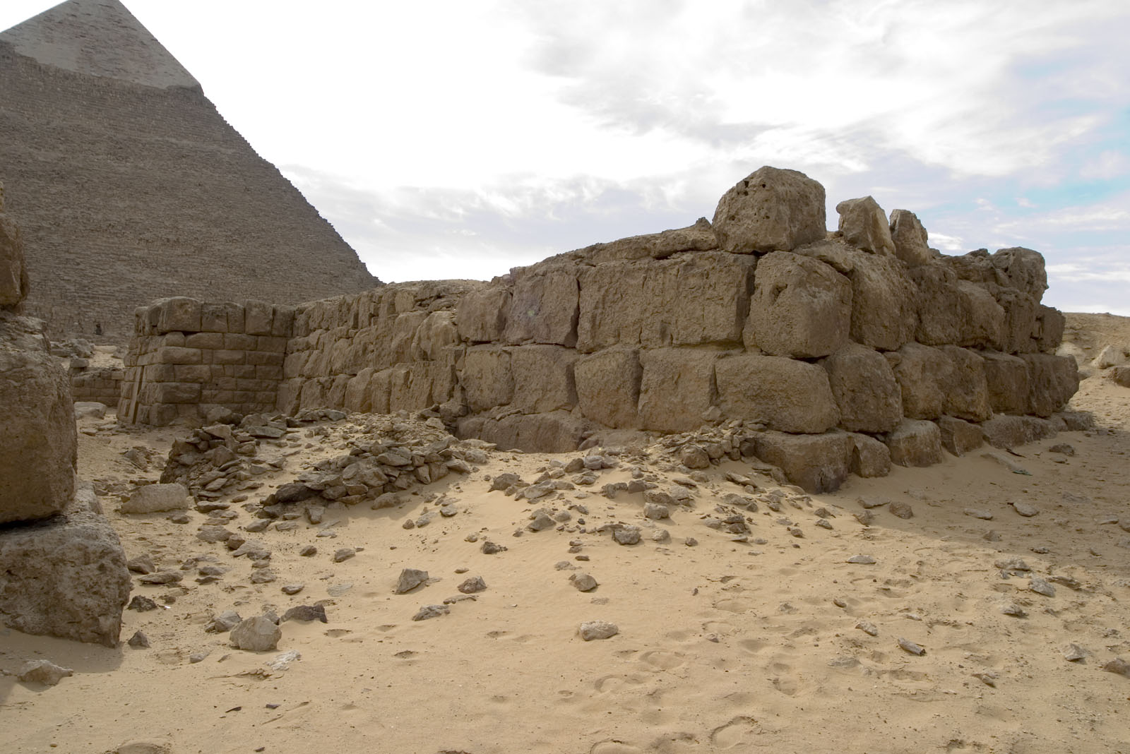 Western Cemetery: Site: Giza; View: G 4420, G 4411