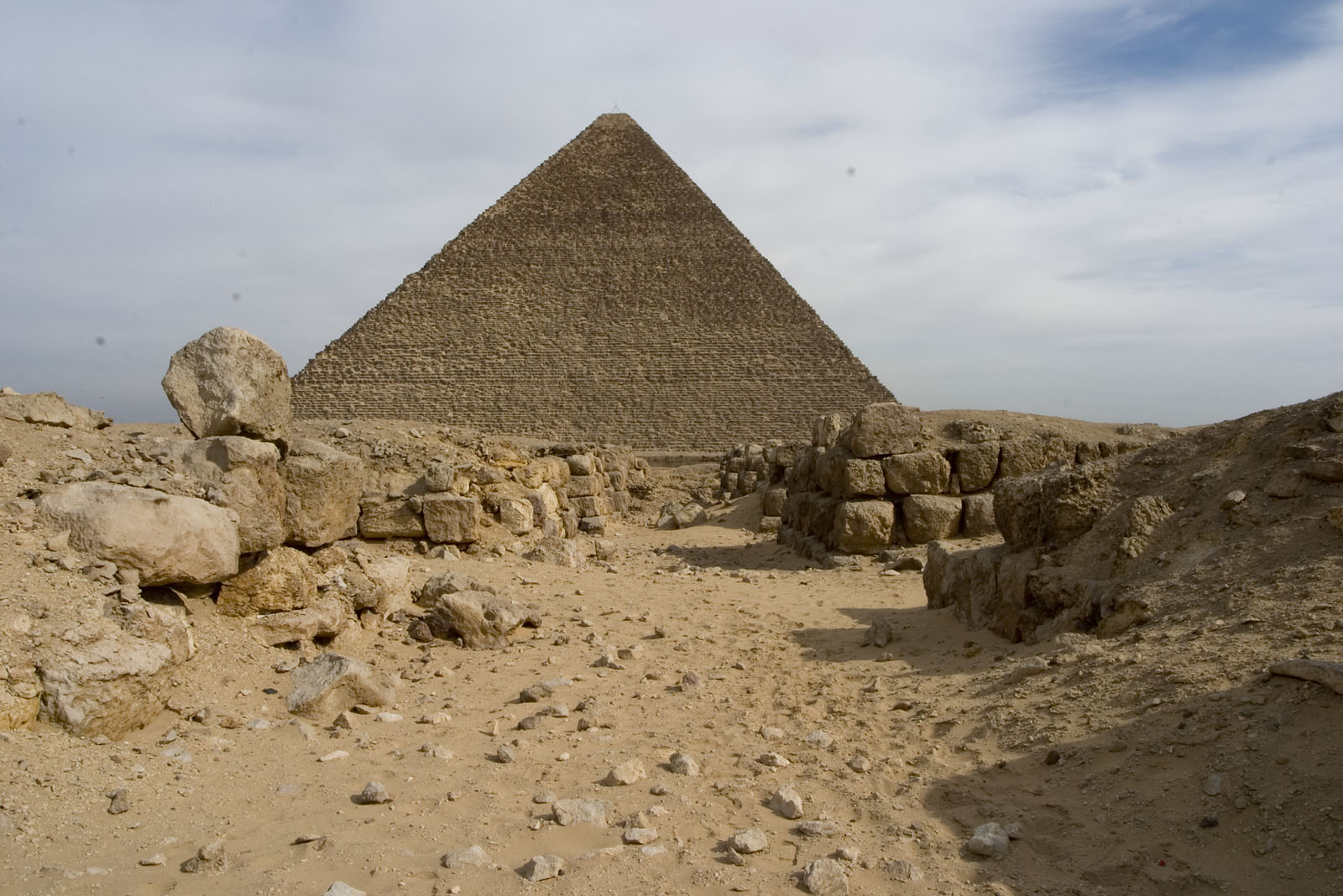 Western Cemetery: Site: Giza; View: G 4220, G 4320