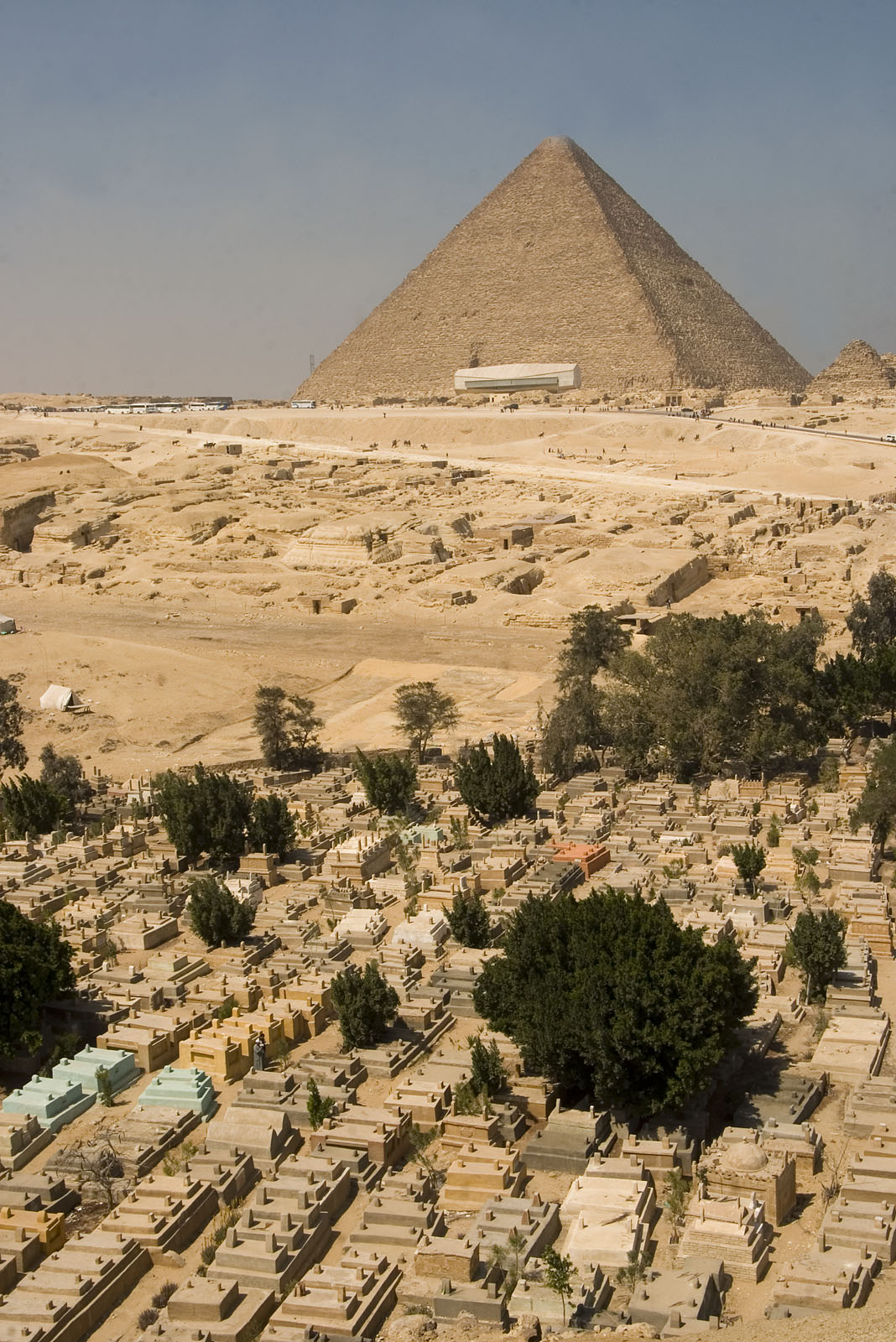 General view/misc.: Site: Giza; View: Khufu pyramid