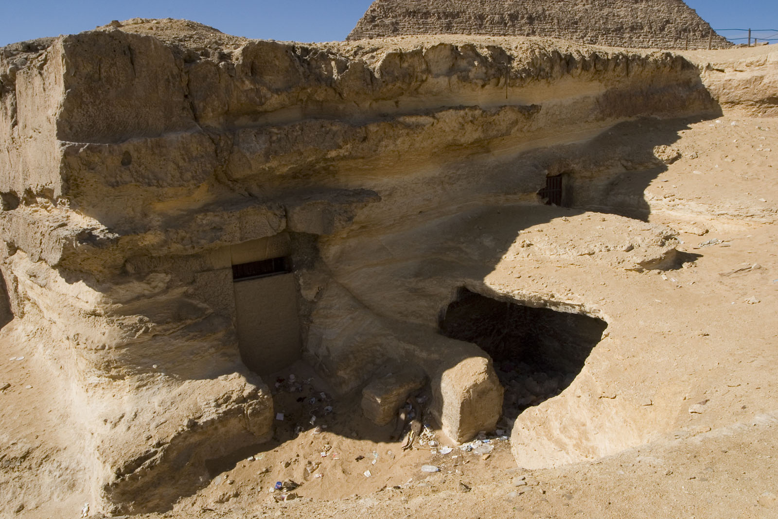 Central Field (Hassan): Site: Giza; View: G 8172, G 8174