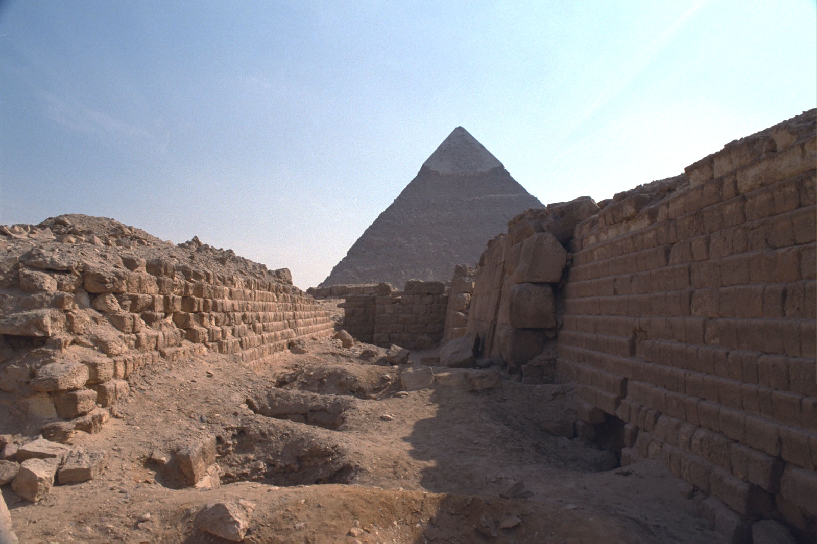 Western Cemetery: Site: Giza; View: G 2120, G 2100, G 2100-I, G 2105