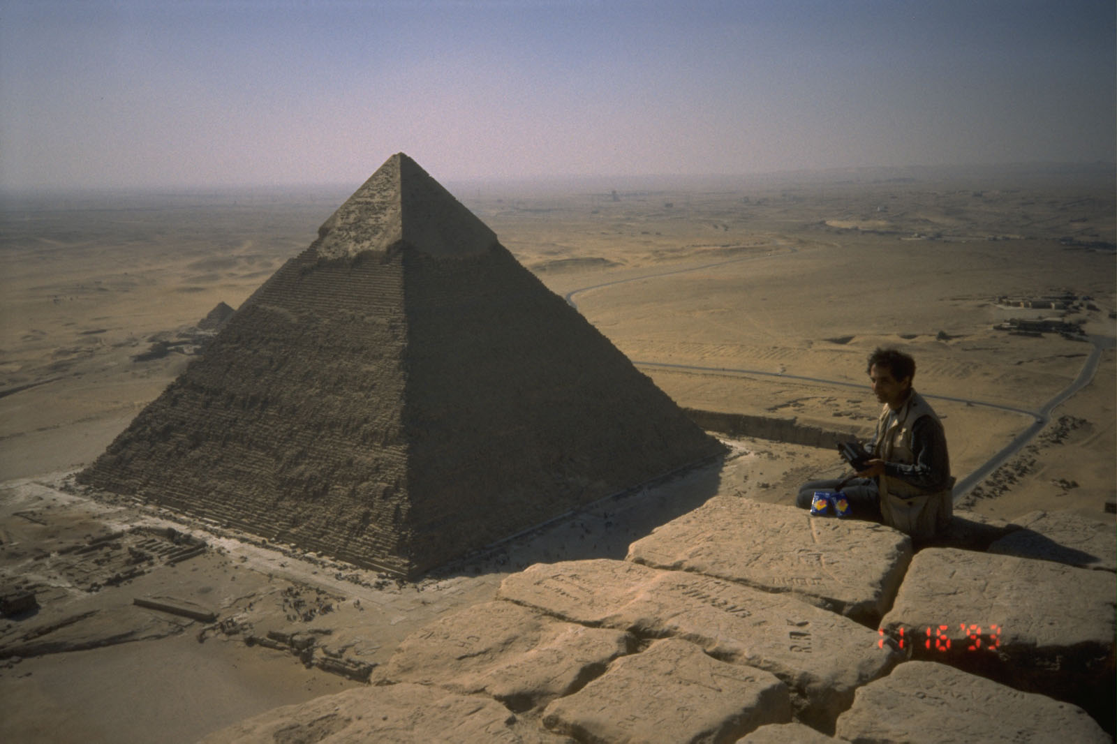 People & places: Site: Giza; View: Khufu pyramid, Khafre pyramid