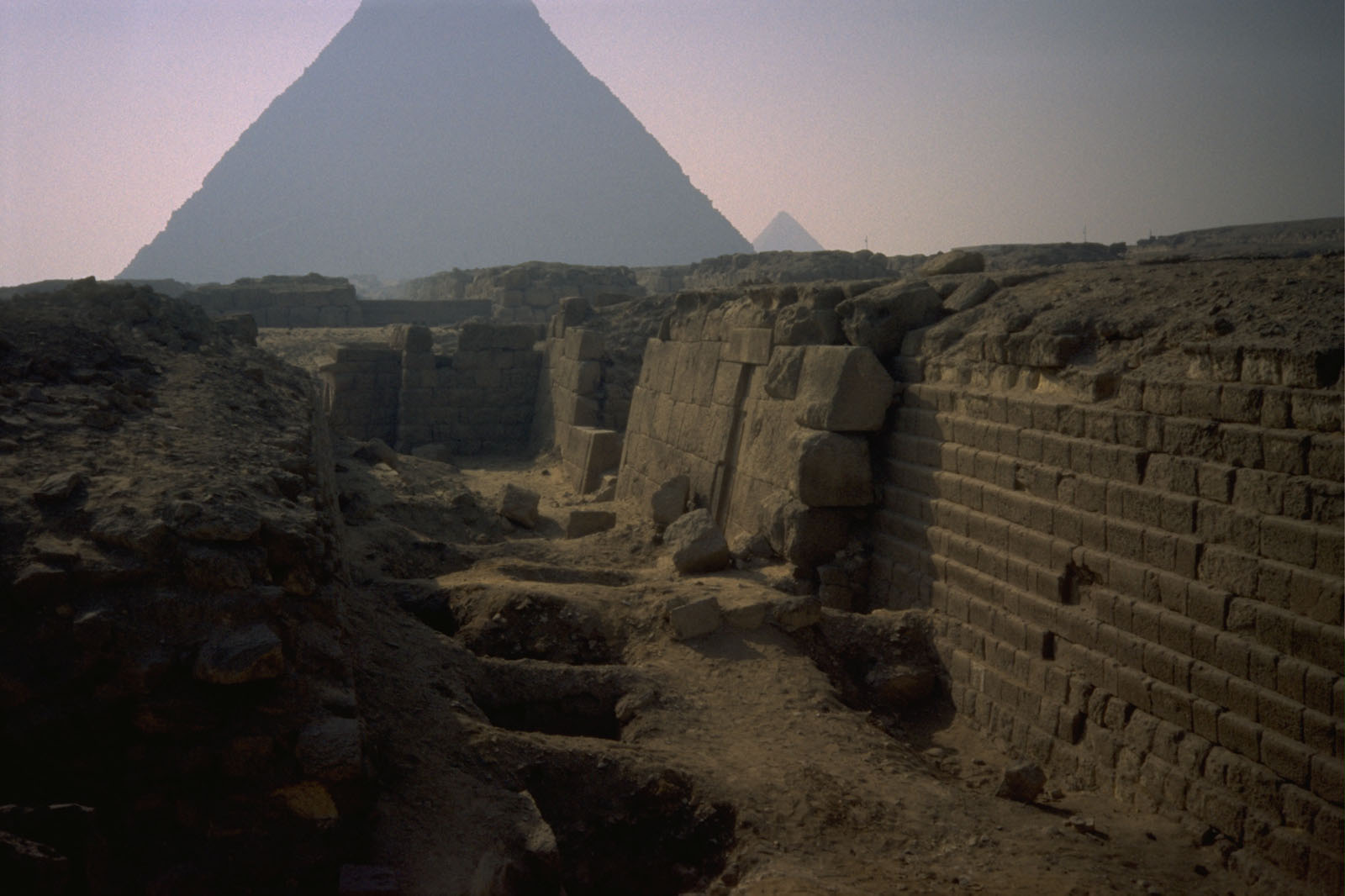 Western Cemetery: Site: Giza; View: G 2100-I, G 2100, G 2102, G 2103, G 2104, G 2105